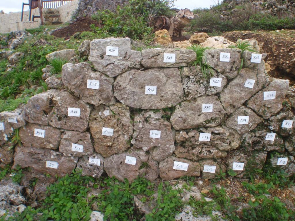 石材への番号付け