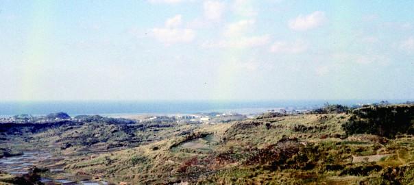121 中城城跡より遠景