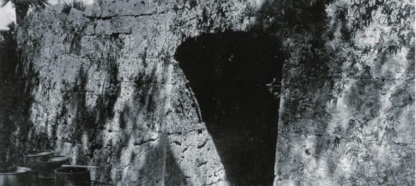 12 中城城跡 裏門